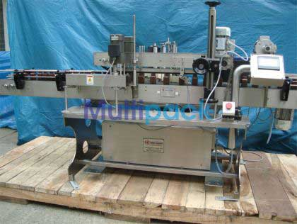 Single Side Flat Bottle Labeling Machine